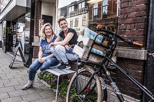 Esther van den Hoek en Silvia van der Schoot, Studio TAT